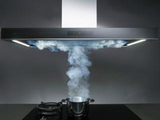 Стеклянные элементы отделки в кухонных вытяжках Asko