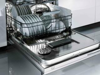 Уникальная конструкция 8Steel посудомоечных машин Аско